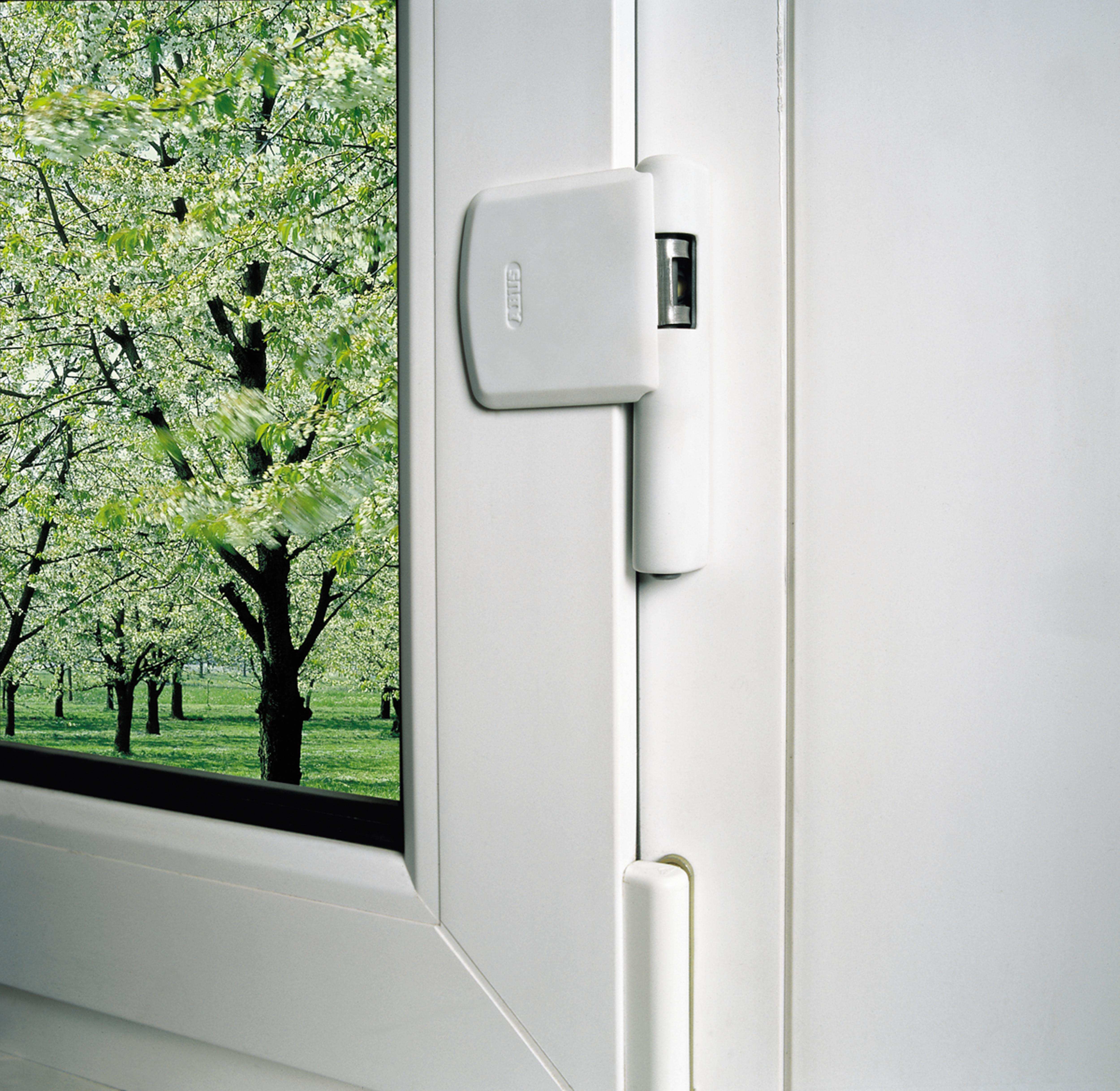 So sichern sie ihre fenster gegen einbruch - Fenster gegen einbruch sichern ...